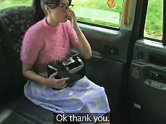 Nerd Amateur Girl Fucked By Fraud Driver Inside The Cab