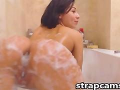 Teen In Batroom Masturbation